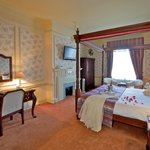 Clarendon Room (Four Poster)