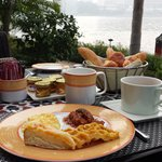 breakfast on the nile