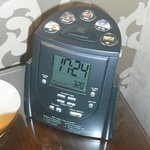 handy gadget radio/alarm/MP3 player