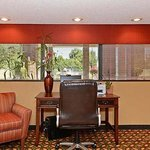 Travelers Inn Suites Memphis COmputer