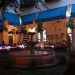 Jardim interno do restaurante, parte do hotel.