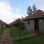 Hotel Units (2 units per hut)