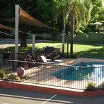 Pool/BBQ area