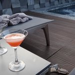 Welcome drink at the pool