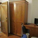 camera con armadio