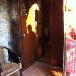 La porta della camera con il Portapiumoni davanti