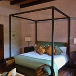 La Merced bedroom.