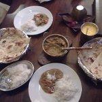 chicken kadai, plain rice, butter naan, garlic naan and awesome mango lassi