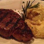 Φωτογραφία: McGraw's Steak Chop and Fish House
