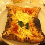 Ottima pizza nel cornicion