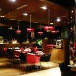 明亮舒適的餐廳