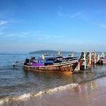 Стоянка лодок на пляже