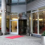 Innside Premium Hotels Berlin - main entrance