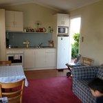 Garden Cottage - kitchen