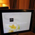 recepção no aparelho de TV do quarto, um mimo do Hotel
