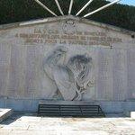 Памятник героям-онфлерцам