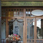 Hotel- und Restauranteingang