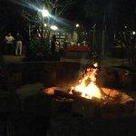 Cena attorno al fuoco