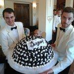 Spettacolare torta profiteroles