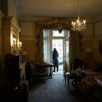 The room makes you feel like you are in old Vienna.