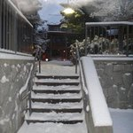 snowy entry into the complex (gorgeous)