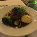 FIllet Mignon with vegetables and pepper sauce