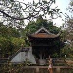 la pagode au pilier unique a hanoï