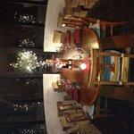 Atmosfera natalizia nella zona più suggestiva del locale