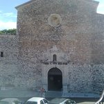 Eglise Notre Dame d'Esperance: la facciata.