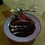 Au dessert banane flambée au rhum, coulis chocolat!