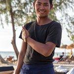 Samy serveur au restaurant du Tamu