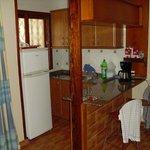 Kleine, aber ausreichende  Kochecke im Wohnbereich Bung. 85