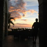 Sunset during our dinner at Finca y El Mar