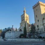Собор НотрДам и кусочек Папского дворца