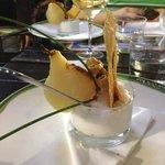 spuma al parmigiano e pera