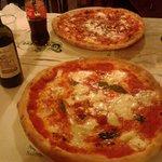 Excelentes pizzas, las mejores!
