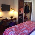 Bedroom/Entrance