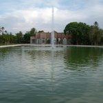 Fontaine au Milieu du Grand Bassin