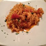 pasta with shrimp and cherry tomatoes