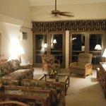 2 bdr living room