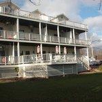 Lakeside of BlackSmith Inn