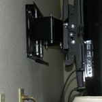 Sturdy television mount