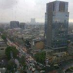 Blick aus dem 15. Stock auf die Hauptstraße