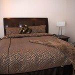 Bedroom, Room 401