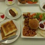 Clover Hotel City Center - Breakfast