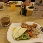 Clover Hotel City Center PLUS - cold and tasteless breakfast