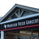 The Mountain Fresh Grocery Signage
