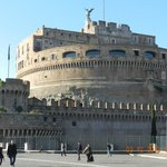 Vista do Castelo Sant'angelo, próximo ao hotel.