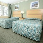 2 Double Beds in Private Bedroom