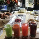 Continental Breakfast & Juice Flight